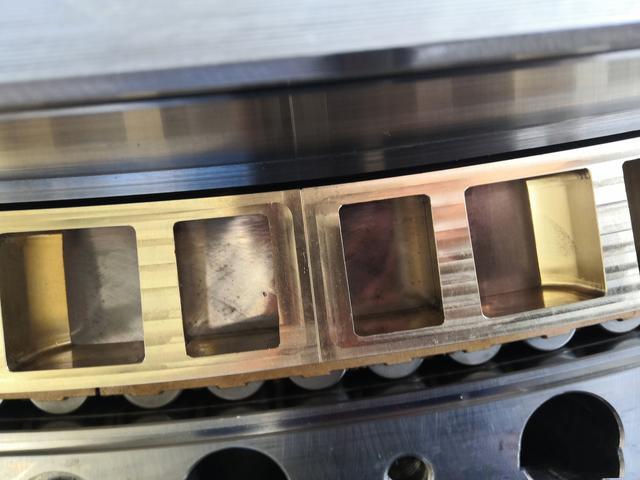 转盘轴承的材质各个零部件采用的技术标准有哪些?